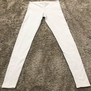 "Alo Yoga White ""Airbrush"" Legging"